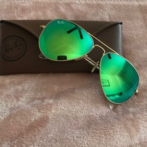 Authentic Green Mirrored Ray Bans